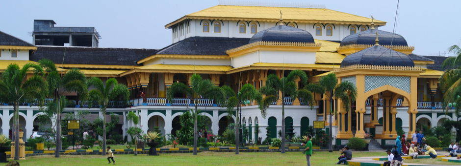 Sumatra-Medan-Maimoon paleis van de sultan_1