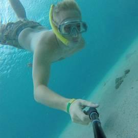 Wim snorkelen bij de Malediven