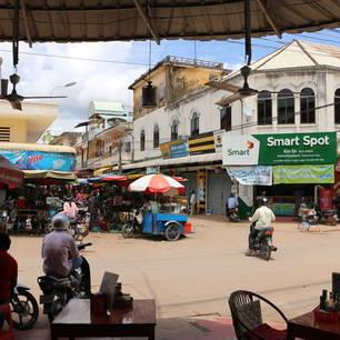 Cambodja-Kratie-straatbeeld(8)