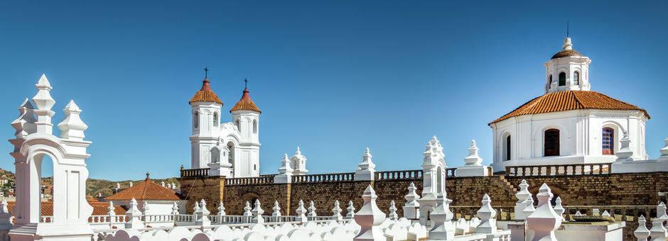 Koloniale witte gebouwen in Sucre - Bolivia