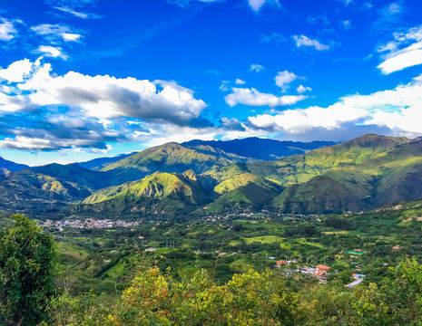 Ecuador-Vilcabamba-uitzicht-vallei_1_531350