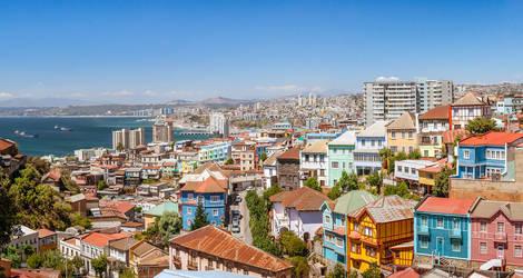 Chili-Valparaiso-panorama-uitzicht-over-de-stad