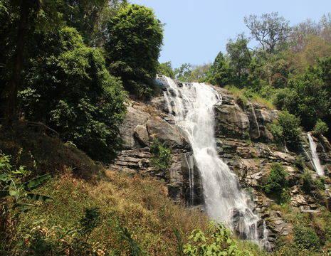 thailand-MaeChaem-waterval(17)