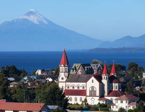 Chili-Puerto-Varas-Kerk