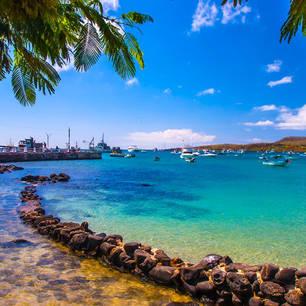 Aankomst in de haven van San Cristóbal, Galapagos