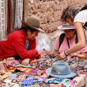 Ollantaytambo-souvenirs_1_416780