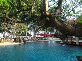 Puri Santrian Resort