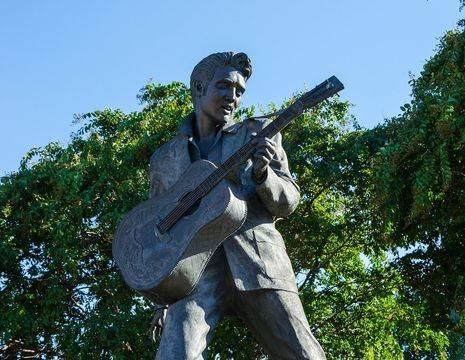 Amerika-Memphis-Elvis-1_1_502305