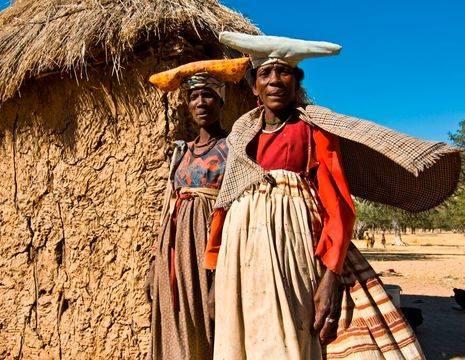 Damaraland Herero vrouwen(12)