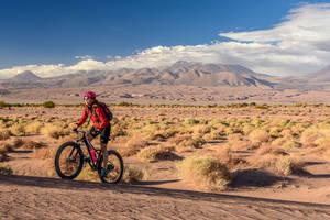 Mountainbiken in de Atacama woestijn