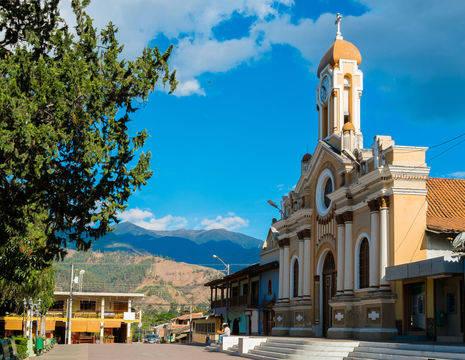 Ecuador-Vilcabamba-authentiek-stadje