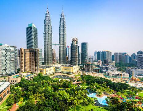 KualaLumpur-twintowers-overview