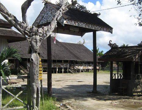 Kalimantan-Samarinda-mooi gebouw_1