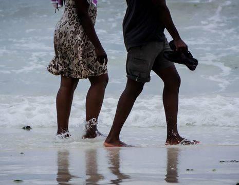 Kenia-Mombasa-Voetjes_1_391243