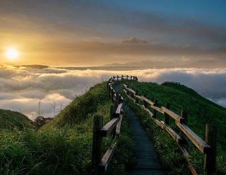Japan-Mount-Aso-Zonsondergang