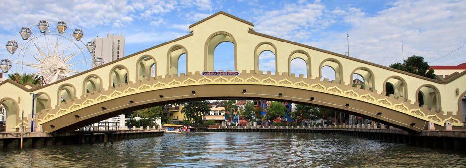 Melaka-riverbridge(13)