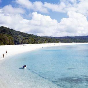 Australie-Whitsundays-witte-zandstrand