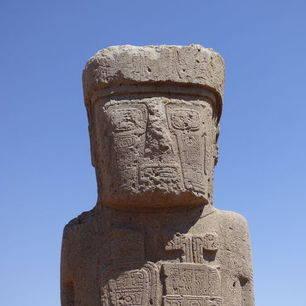 Stenen-beelden-Tiwanaku-La-Paz-Bolivia